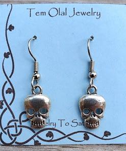 Small Skull Earrings Tem Olal