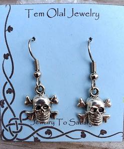 Small Skull Crossbones Earrings Tem Olal